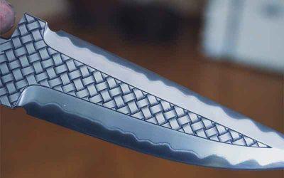 Engraved blade